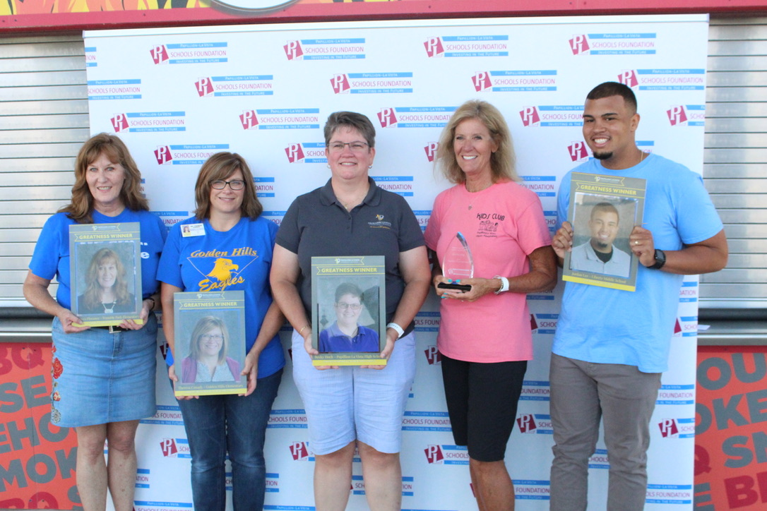 2018-2019 Greatness Award Winners named at Welcome Back event